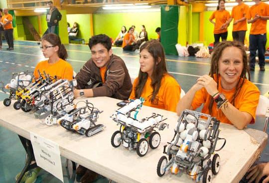 Financian a jóvenes para Olimpiada de Robótica