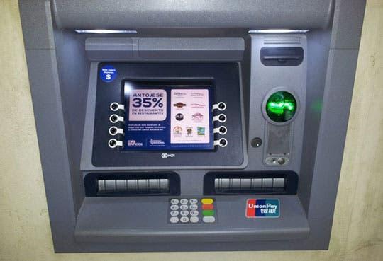 Procesan cajeros automáticos la tarjeta UnionPay