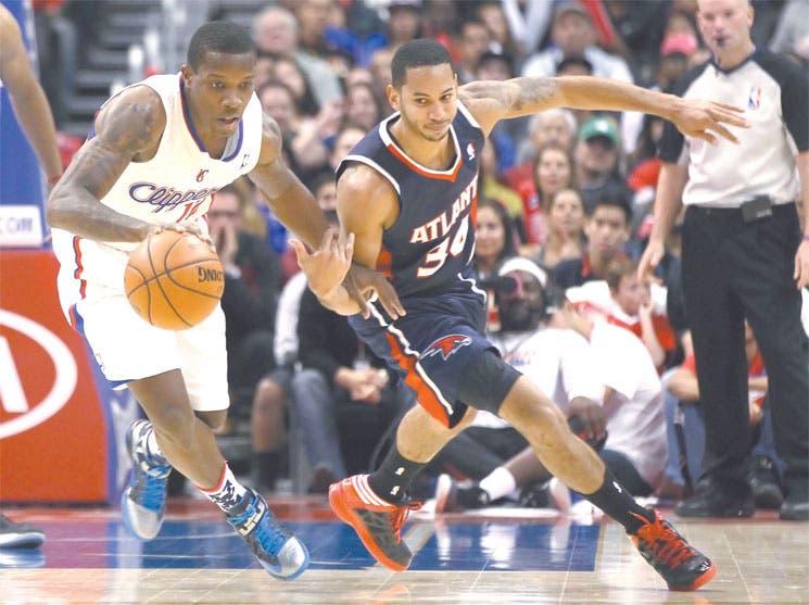 Clippers mantienen el paso