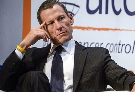 Abandona Armstrong consejo directivo de Livestrong