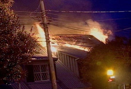 Incendio afecta parte de Embajada de Ecuador