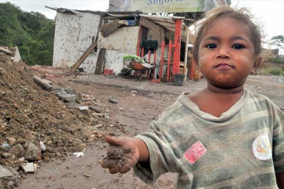 Más de un millón de ticos son pobres