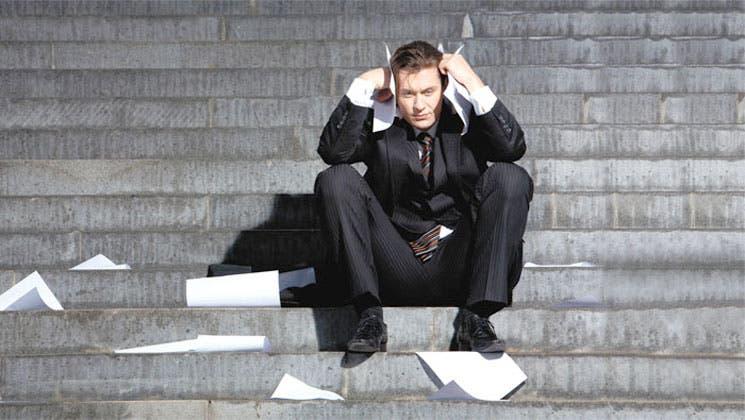 Nueva recesión si no se remedia la crisis de empleo