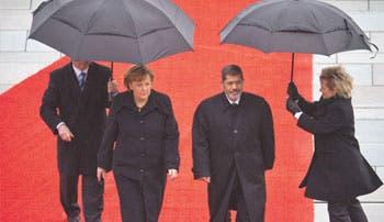 Merkel pide estabilidad a Egipto