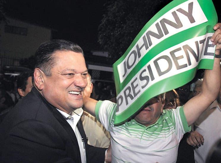 """Alza la bandera de la """"equidad"""": Johnny"""