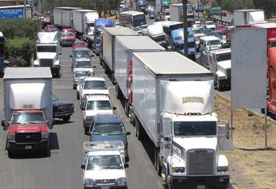 201302011002491.camiones.jpg