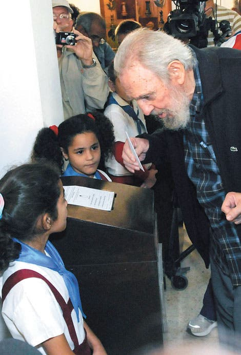 "Fidel Castro: Chávez ""está mucho mejor"""
