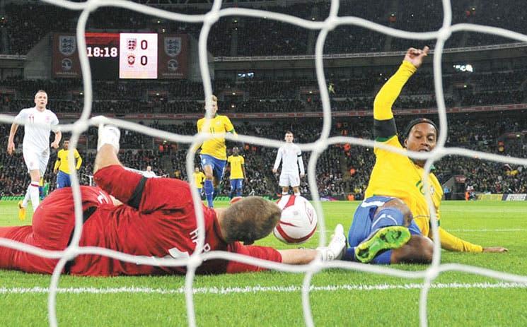 Brasil falla ante Inglaterra