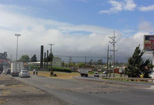 Cierre parcial en vía de entrada a Taras de Cartago