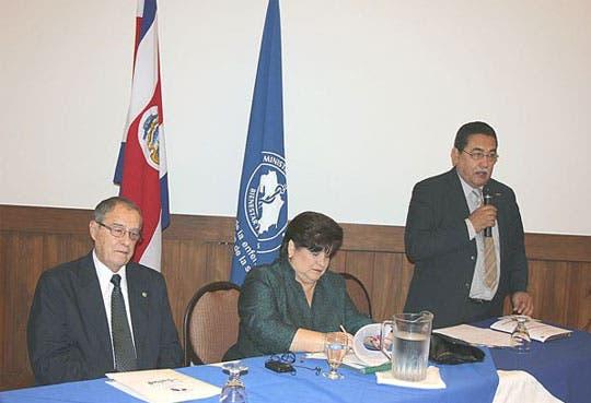 Revisan plan de salud para Centroamérica