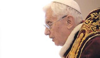Papa sorprende al mundo con su renuncia