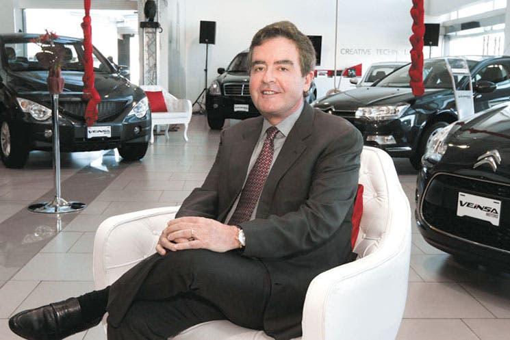 Atiza competencia de autos nuevos