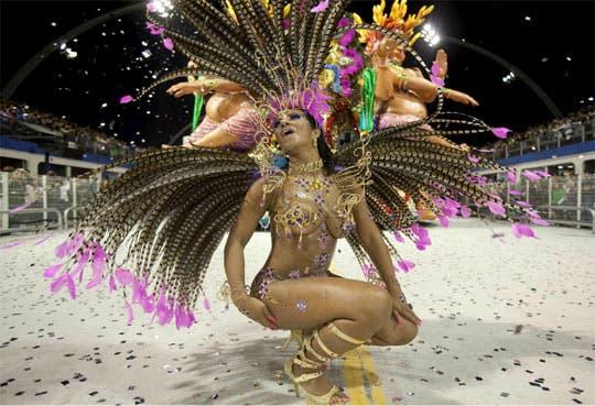 Carnaval inyectó $665 millones a la economía de Río