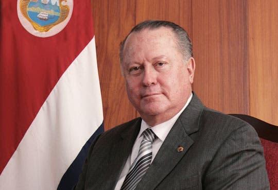201302181448301.Luis-Paulino-Mora.jpg