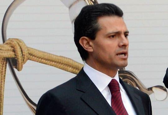 Peña Nieto llega a suelo nacional