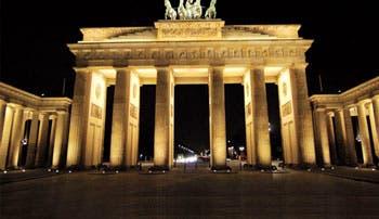 Alemania pide a parlamento aprobar presupuestos