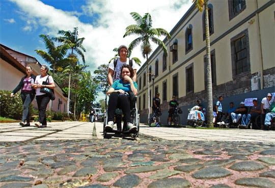 Personas con discapacidad hablaron con diputados