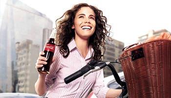 Coca-Cola lanza campaña mundial contra obesidad