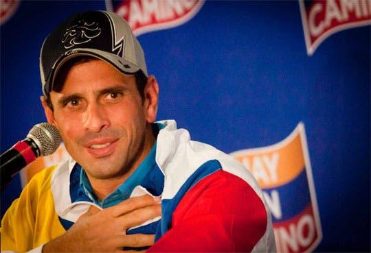 Capriles acusa fraude constitucional a favor de Maduro