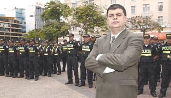 Al fin 14 mil policías patrullan calles