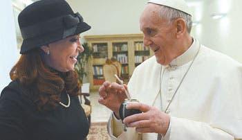 Fernández pide a Papa mediar por Malvinas