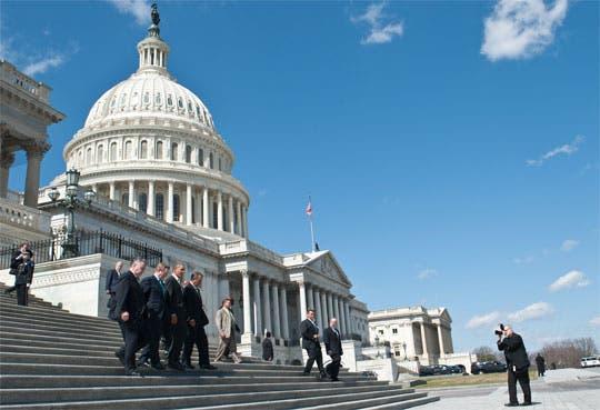 Senado de EEUU no votará la prohibición de armas
