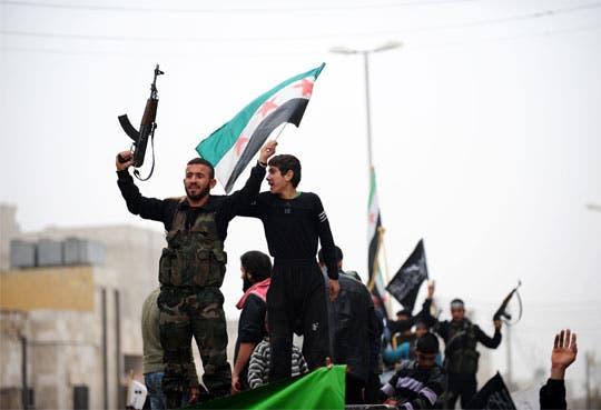 La UE se resiste ante presión para armar a rebeldes