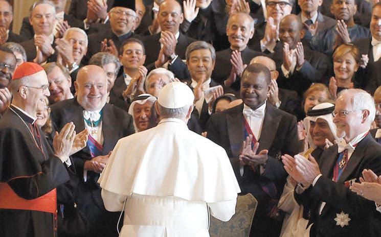 Papa denuncia dictadura del relativismo