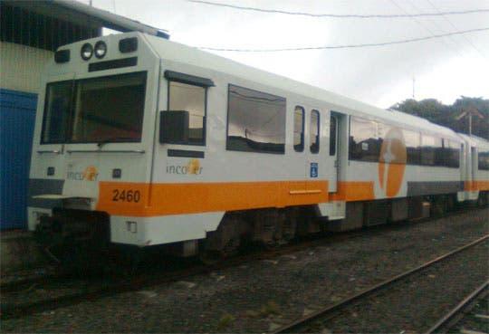 Llegan vagones del tren a Cartago