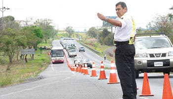 Policía de Tránsito en estado de alerta