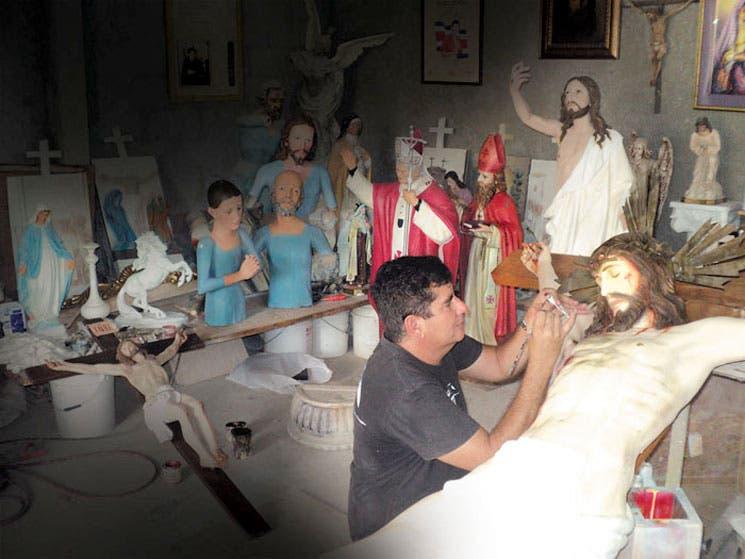 Esculturas sacras de talento tico