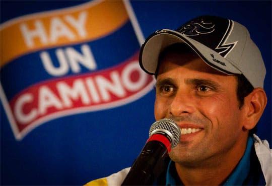 Invitan a Capriles a exponer su programa de Gobierno