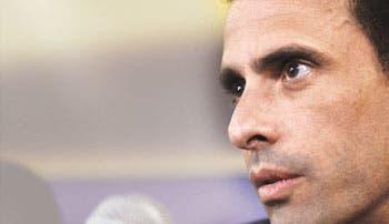 Capriles considera a Maduro una imitación