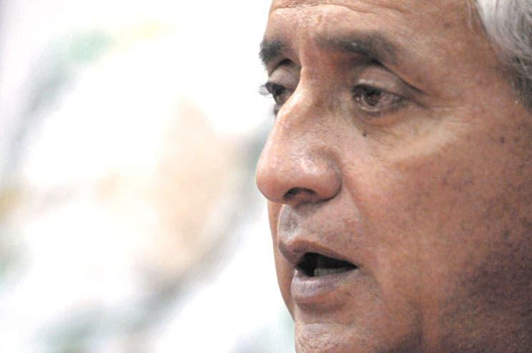 Pérez Molina salpicado en juicio por genocidio