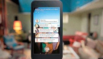 Facebook lanza software para teléfonos inteligentes