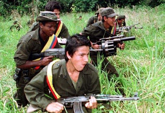 Las FARC saldrán de Colombia para negociar en Cuba