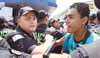 """Opositores: """"País no pagaría indemnización"""""""