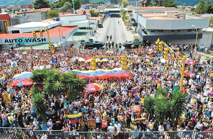 """Maduro convoca a """"un gran cohetazo"""""""