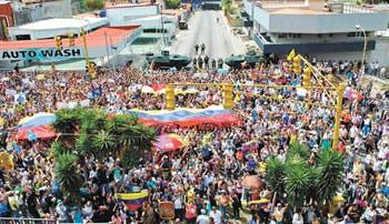 Maduro convoca a un gran cohetazo