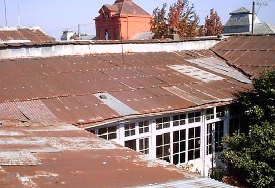 Banvhi aconseja cuidar techos en temporada lluviosa