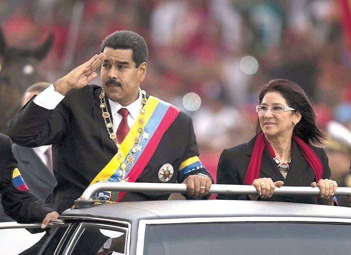 Maduro renueva gabinete