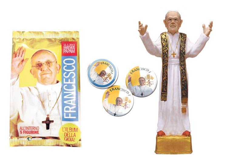 El papa Francisco, omnipresente en las tiendas