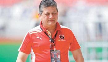 Raúl Pinto… siempre en la mira