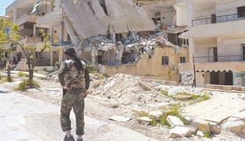 McCain: Obama debe preparar intervención en Siria