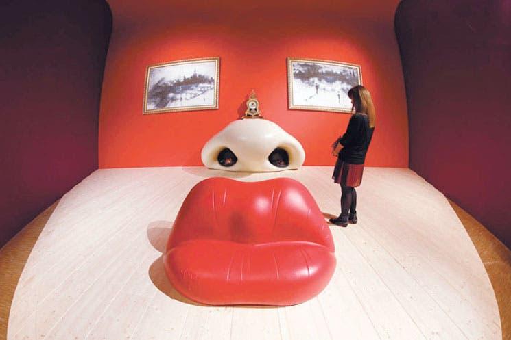 """Diseño-esculturas, creaciones """"útiles"""" de Dalí"""