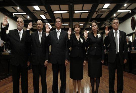 Se juramentó nuevo directorio legislativo