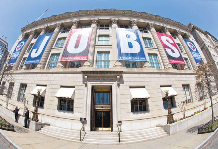 La FED graduará estímulo por el empleo