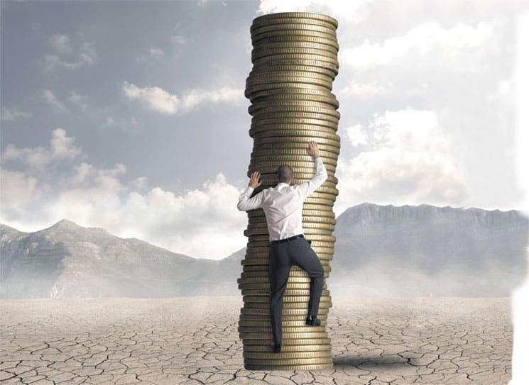 Brecha de salarios no se reduce