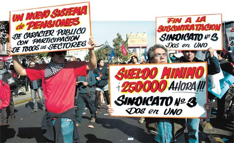 Trabajadores reivindican sus derechos