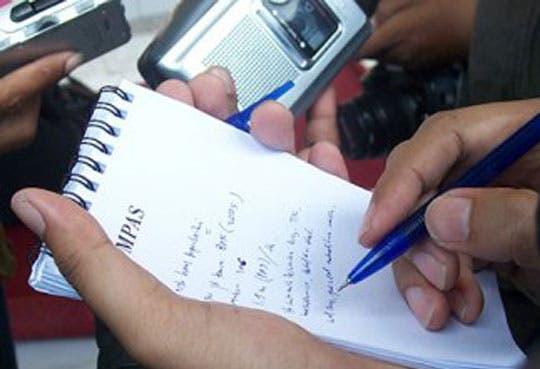 201305031427431.periodistas.jpg